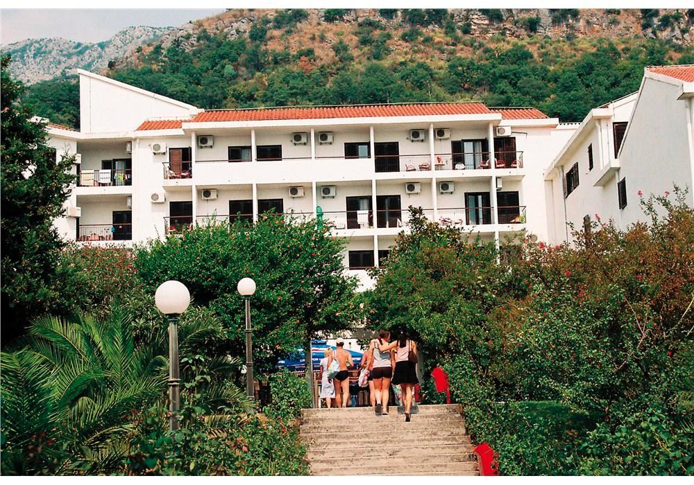 Hotel Šumadija - 5 Popup navigation
